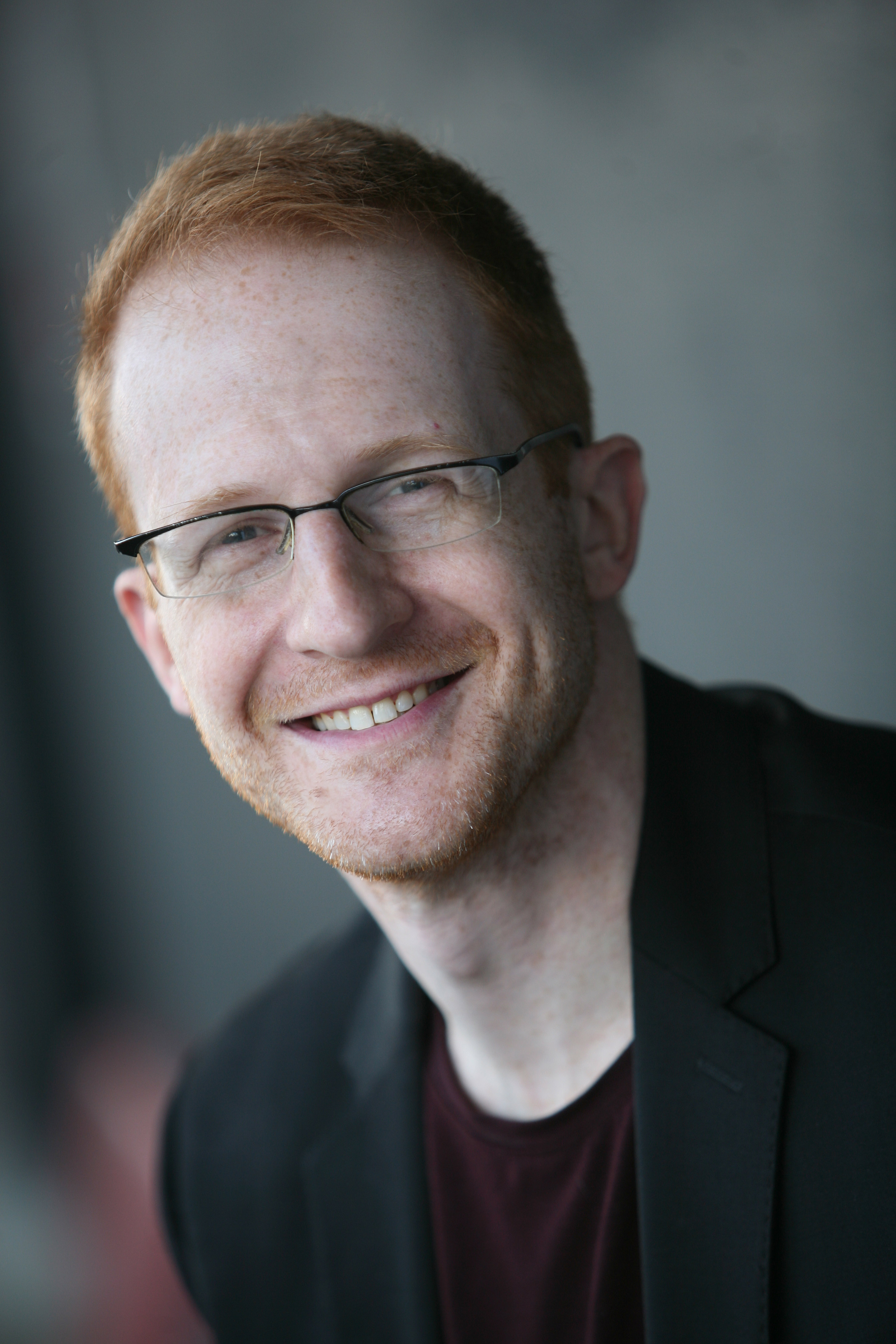 VIPcontacts Presents Comedian Steve Hofstetter